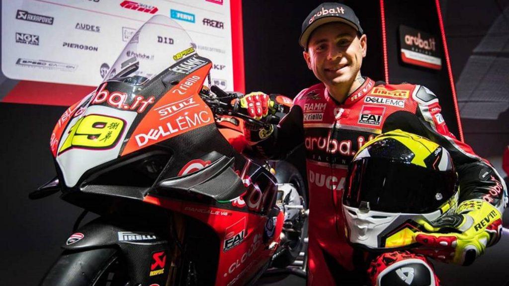Bautista logró su séptima victoria consecutiva en Superbikes