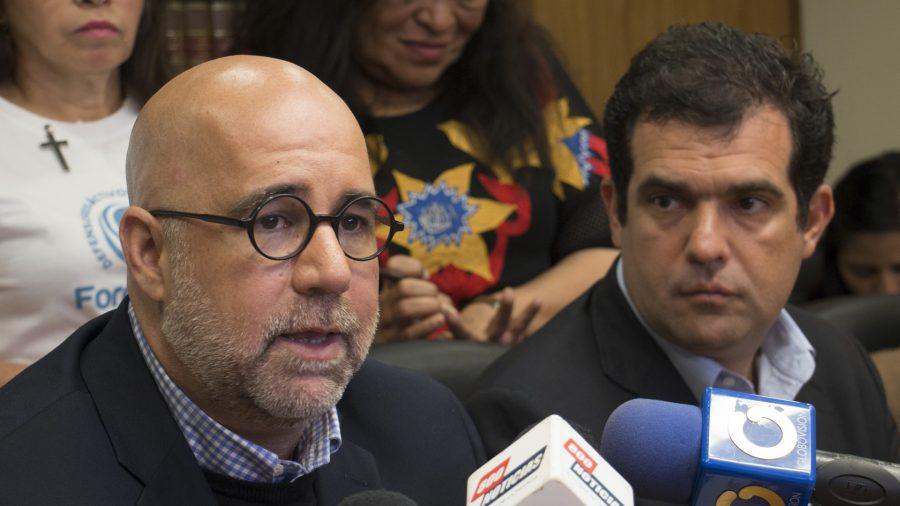 Foro Penal reporta 238 civiles y 127 militares presos políticos, más dos adolescentes