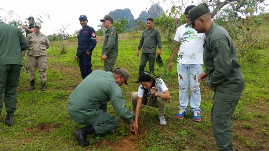 Más de 5 mil plantas estableció el Minec Guárico para celebrar el Día del Árbol