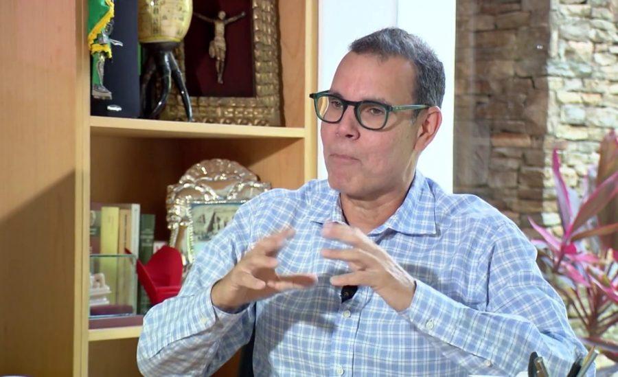 Luis Vicente León critica la división opositora entre partidos políticos