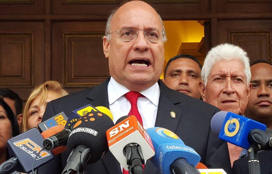 Williams Dávila: La AN se debe mantener luego del 5 de enero