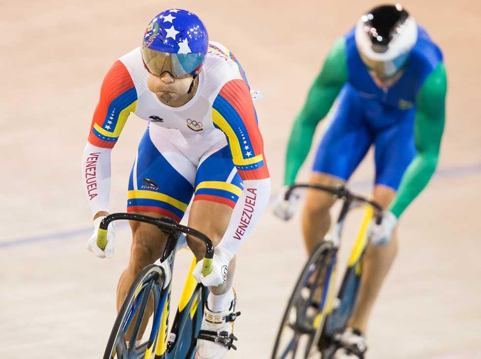 Hersony Canelón a un paso de cuartos en Mundial de Ciclismo