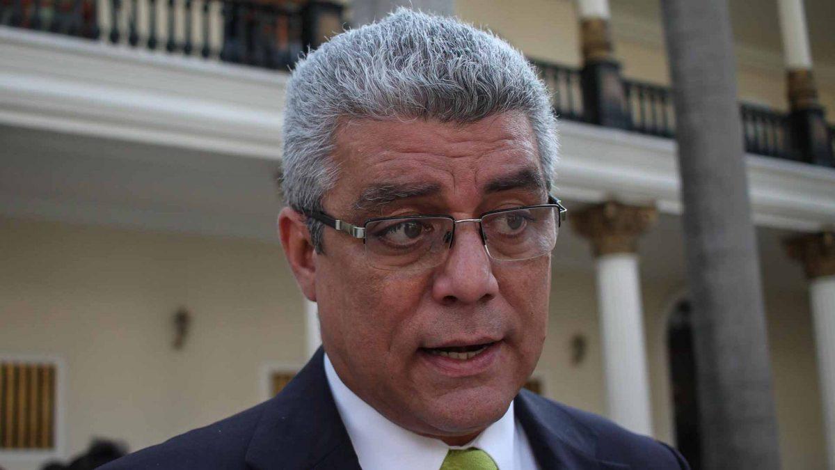 Diputado Marquina denuncia los sueldos de hambre que ganan los trabajadores venezolanos