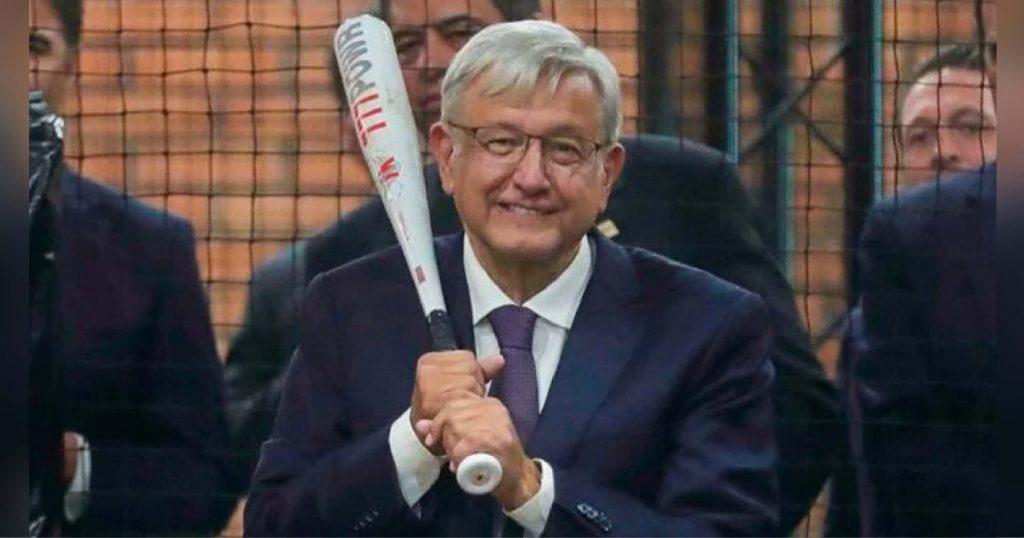 Presidente de México compró estadio de béisbol por 21 millones de dólares