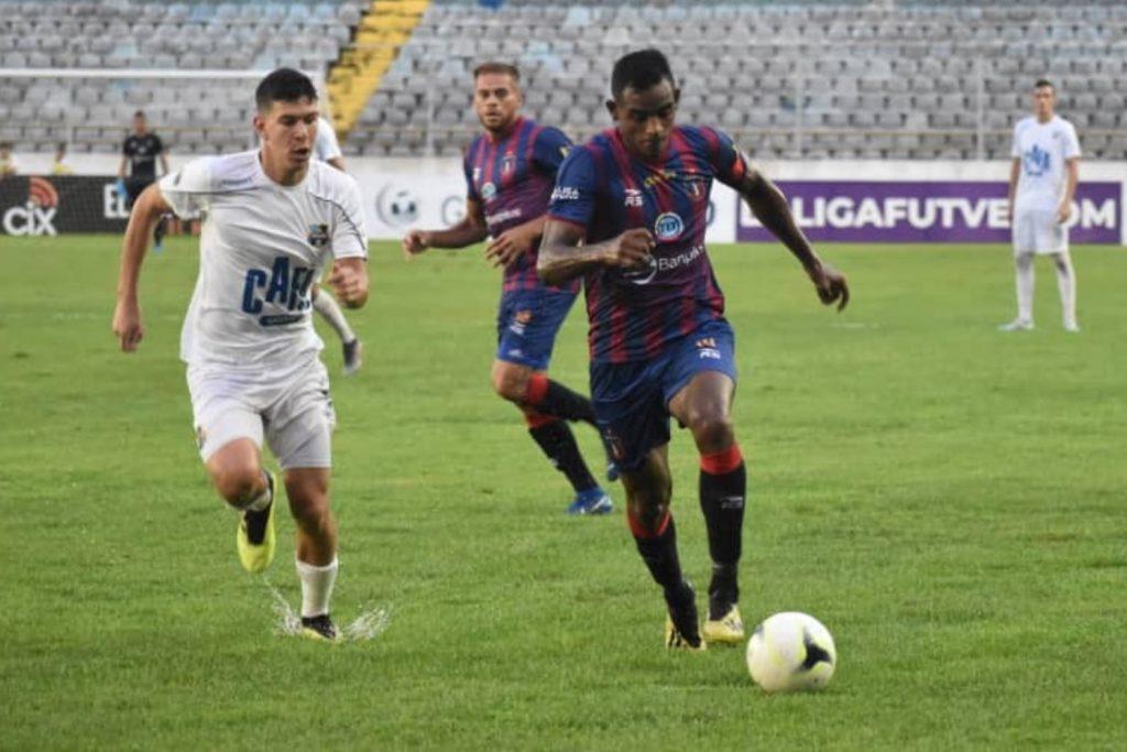 Liga venezolana de fútbol es suspendida de forma definitiva