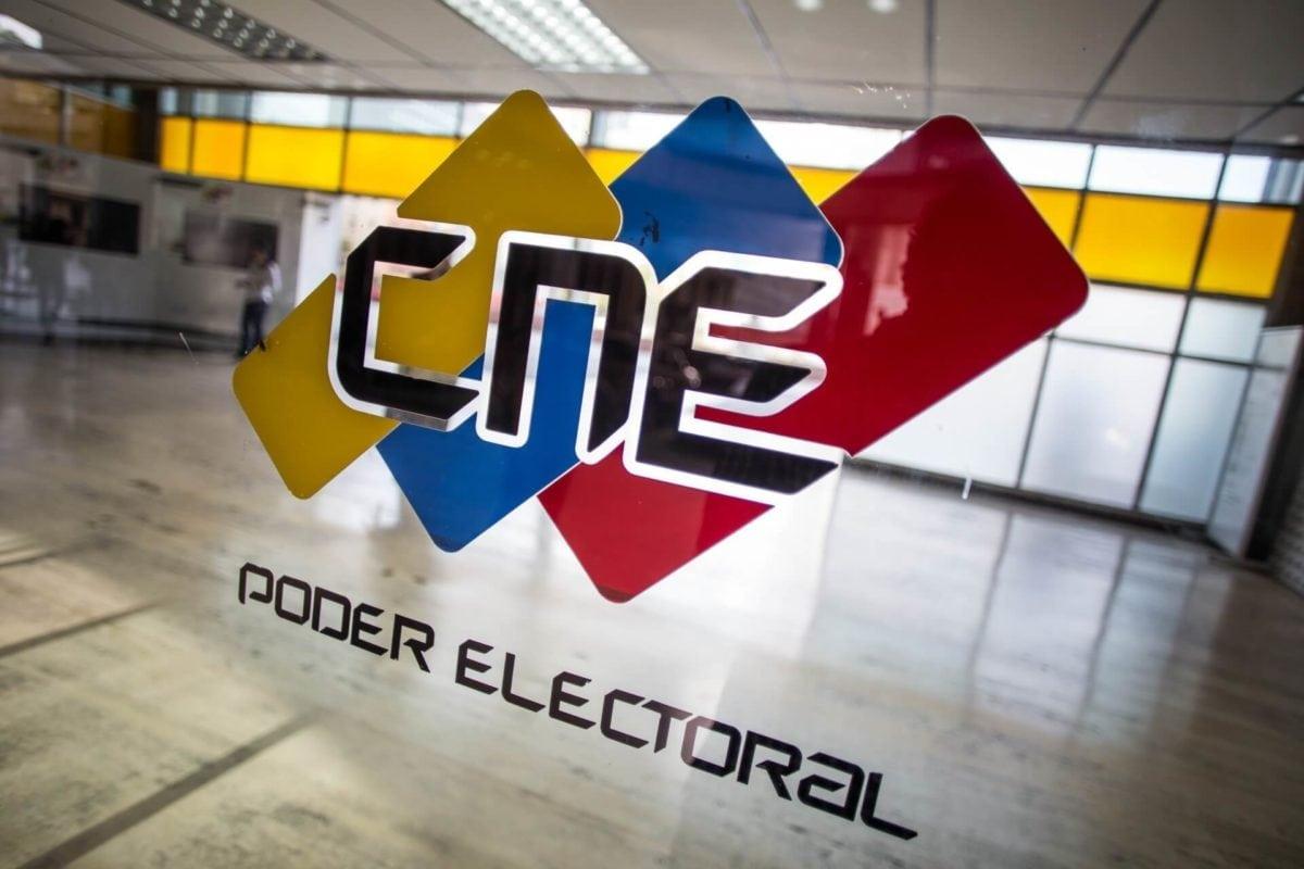 Rectores del CNE en sesión permanente