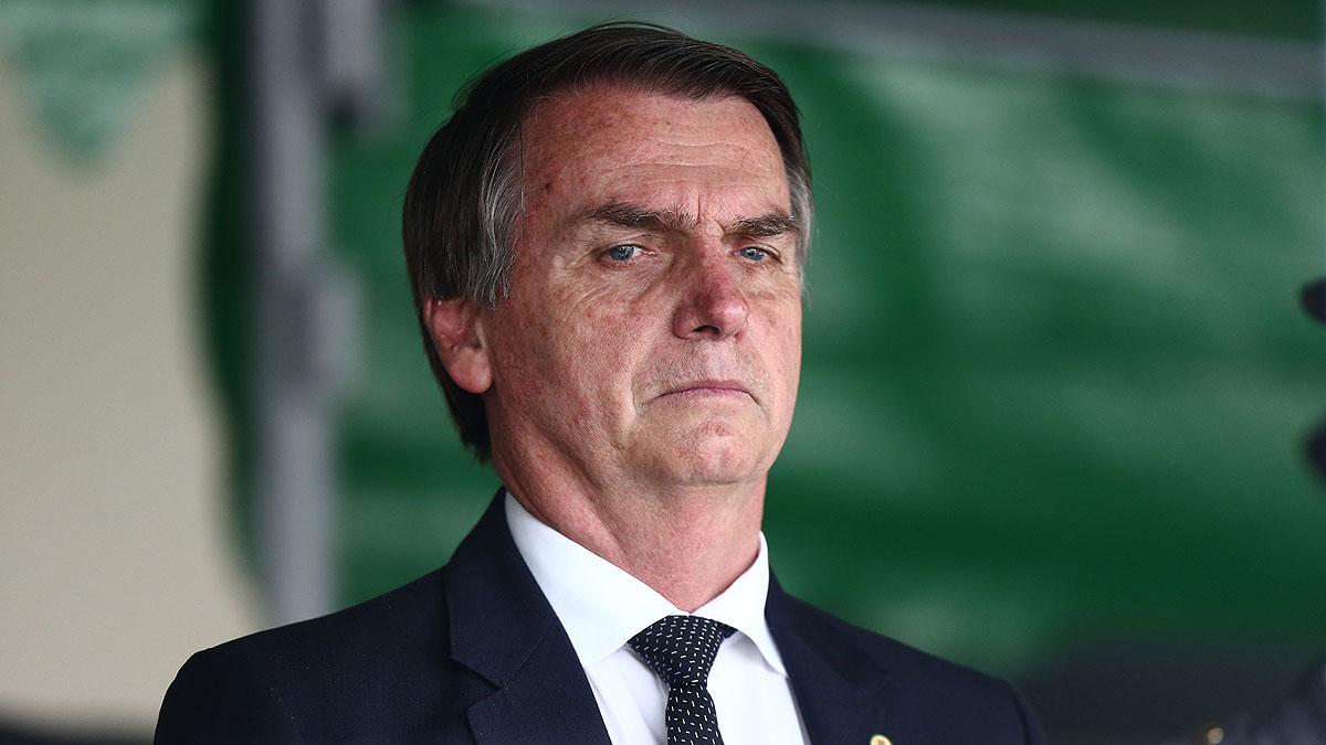 Bolsonaro seguirá hospitalizado con un «tratamiento conservador»
