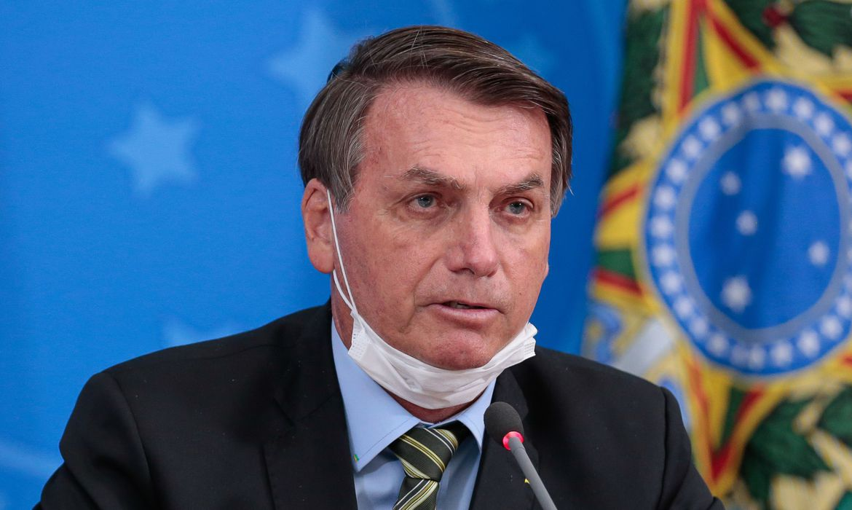 Bolsonaro gana terreno entre más pobres gracias al cheque de $ 110