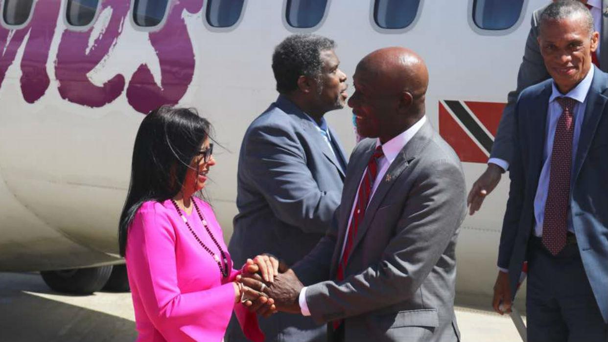 Renunció ministro de Trinidad y Tobago por vínculos de su gobierno con Delcy Rodríguez