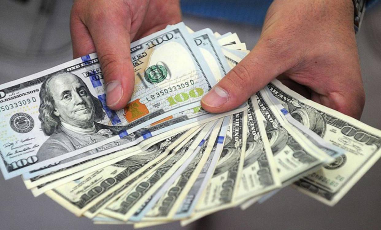 Advierte Orlando Zamora: Dólar paralelo podría llegar a los 500 mil bolívares a finales de año