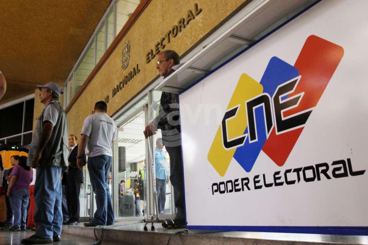 El CNE configuró el tarjetón electoral para las parlamentarias del 6 de diciembre