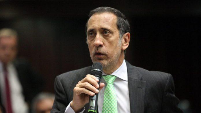 José Guerra: Hay que usar de forma eficiente el oro para los venezolanos