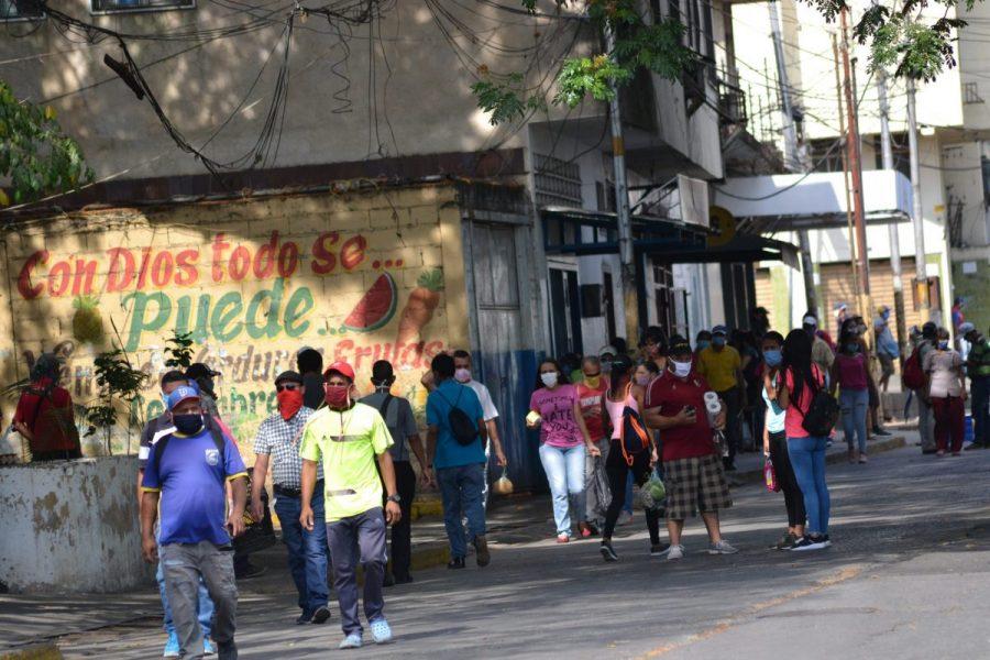 Confirman 1.786 nuevos casos y 15 fallecidos por COVID-19 en Venezuela