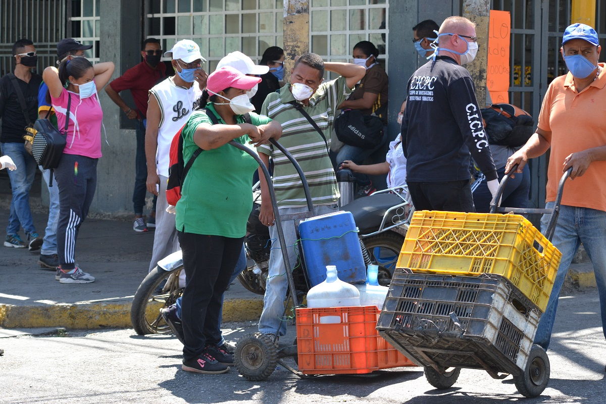 Detectan 701 nuevos casos y 4 fallecidos por COVID-19 en Venezuela