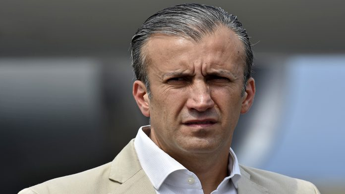 Tareck El Aissami informó que tiene Covid-19