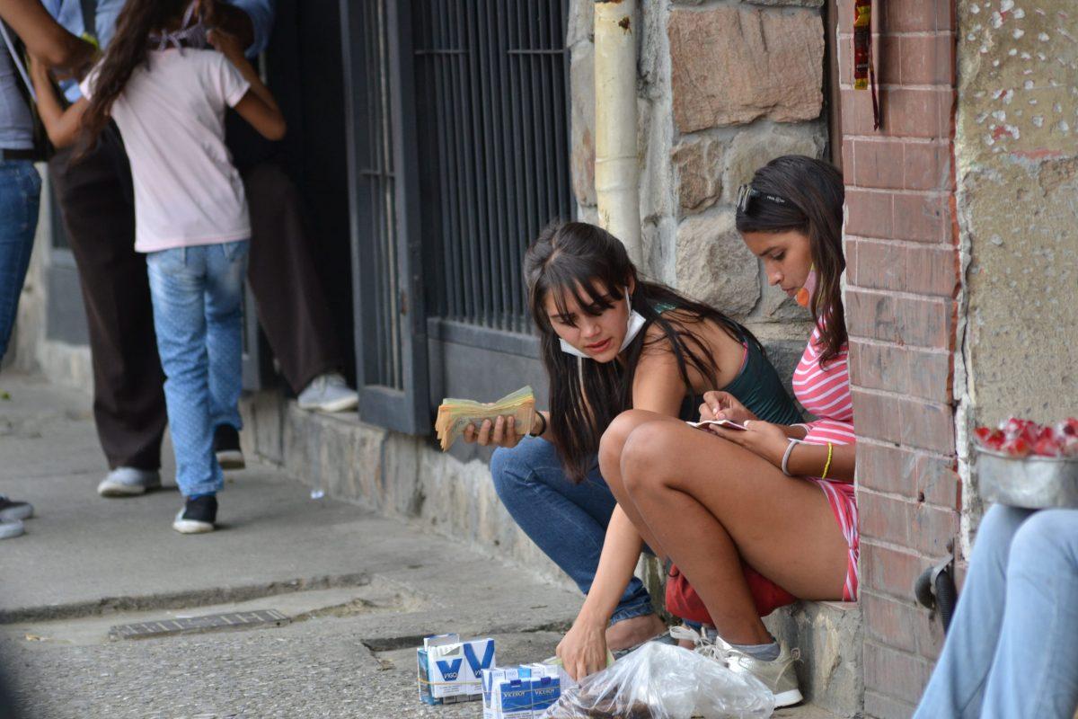 Menos de 5% de los venezolanos tiene capacidad económica para resistir la crisis