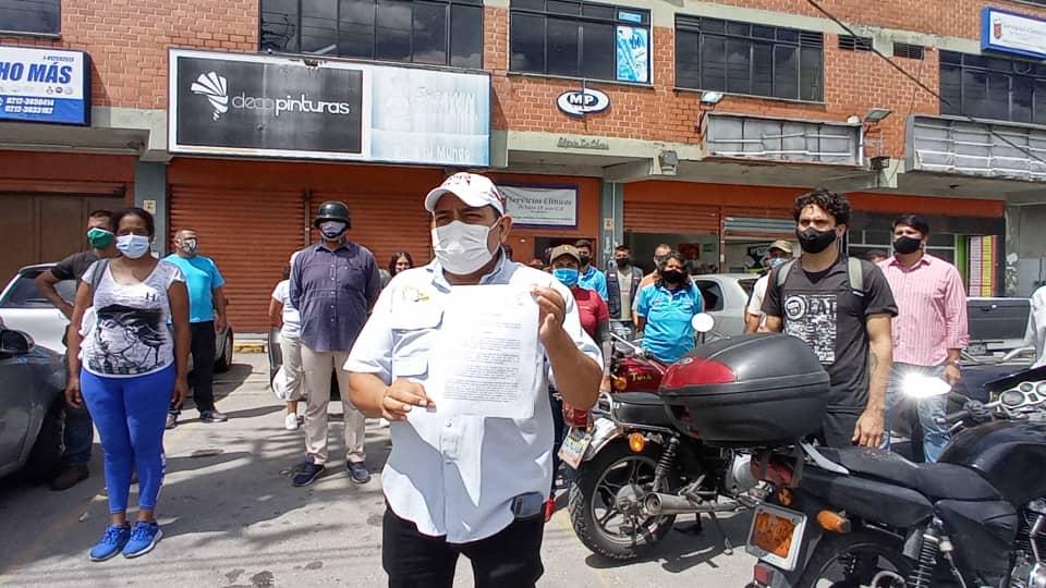 """Más de 100 organizaciones piden al Ministerio Público """"celeridad"""" para dar con paradero de Carlos Lanz"""