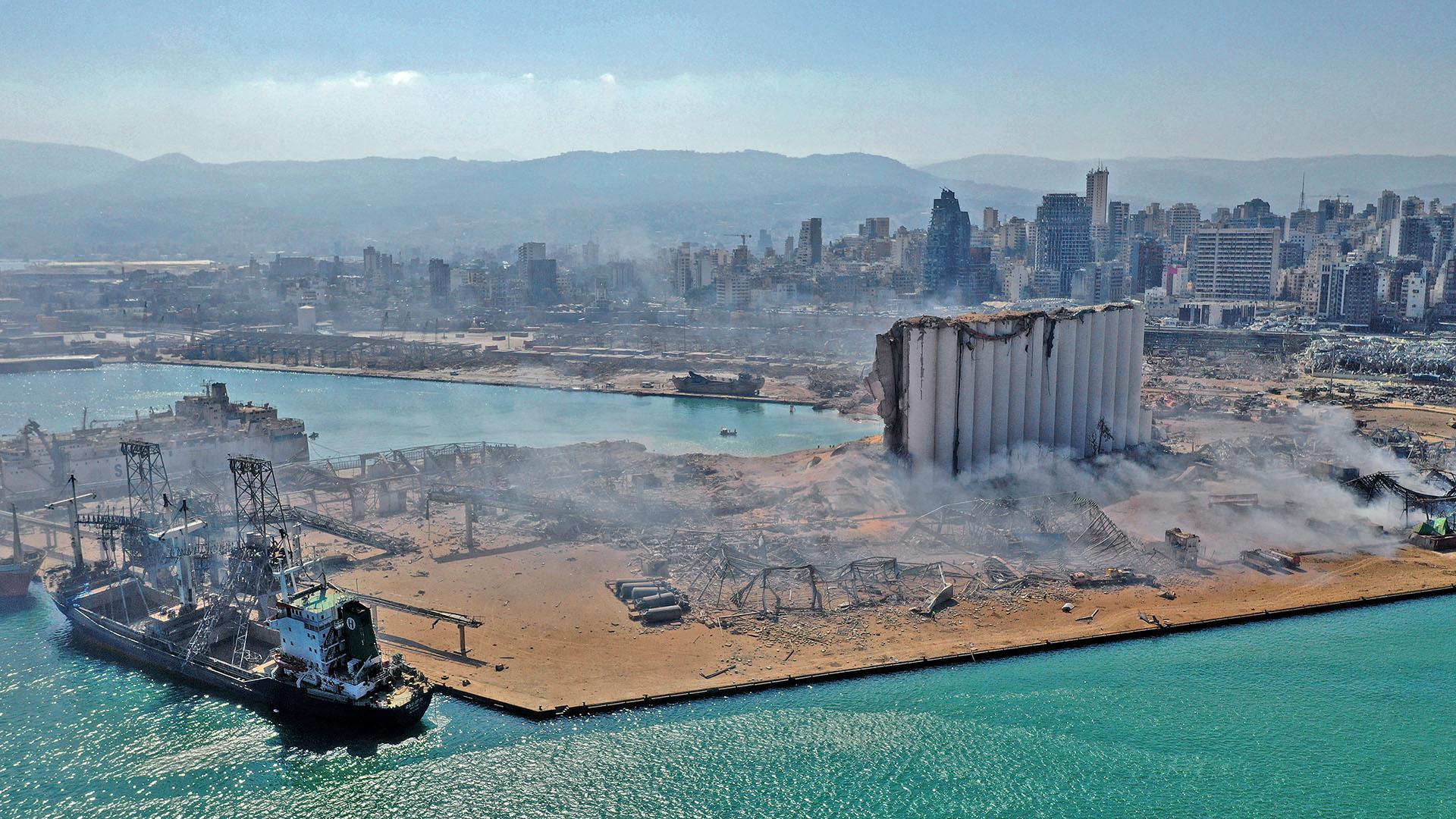 Gobierno libanés eleva muertes por explosión a 137 y heridos a 5 mil