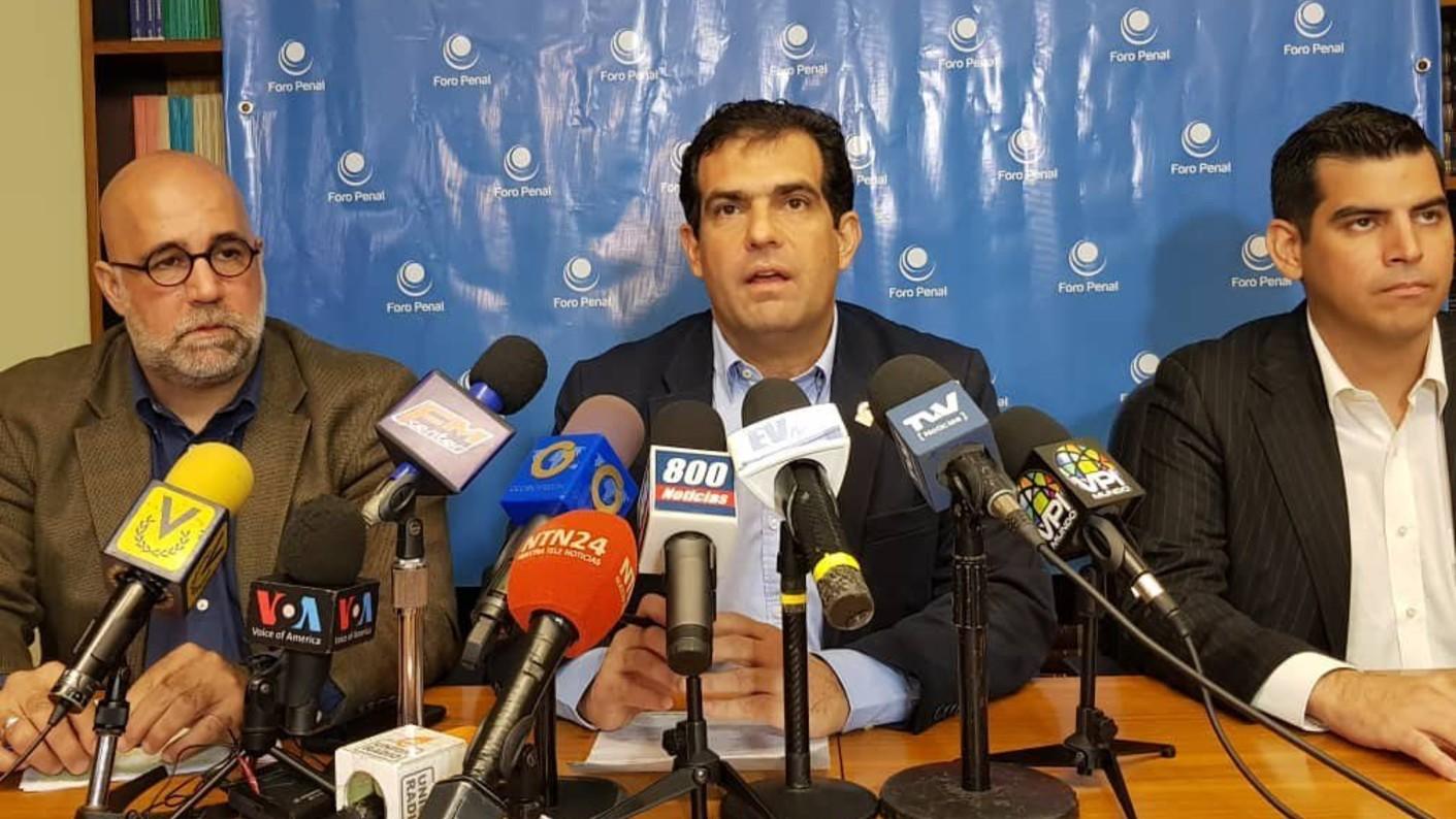 Foro Penal: Existen hoy 384 presos de conciencia recluidos en los calabozos del régimen