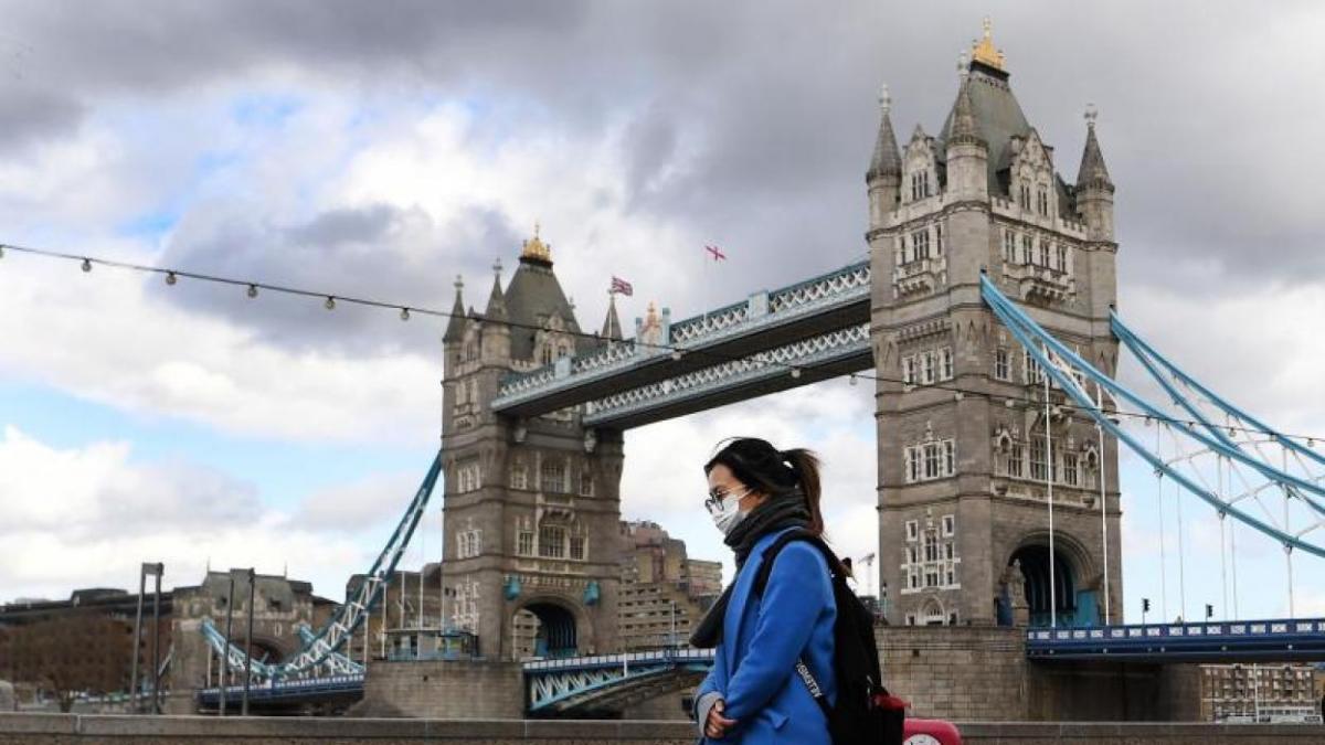 Multas de más de € 10.000 por no hacer cuarentena en Inglaterra