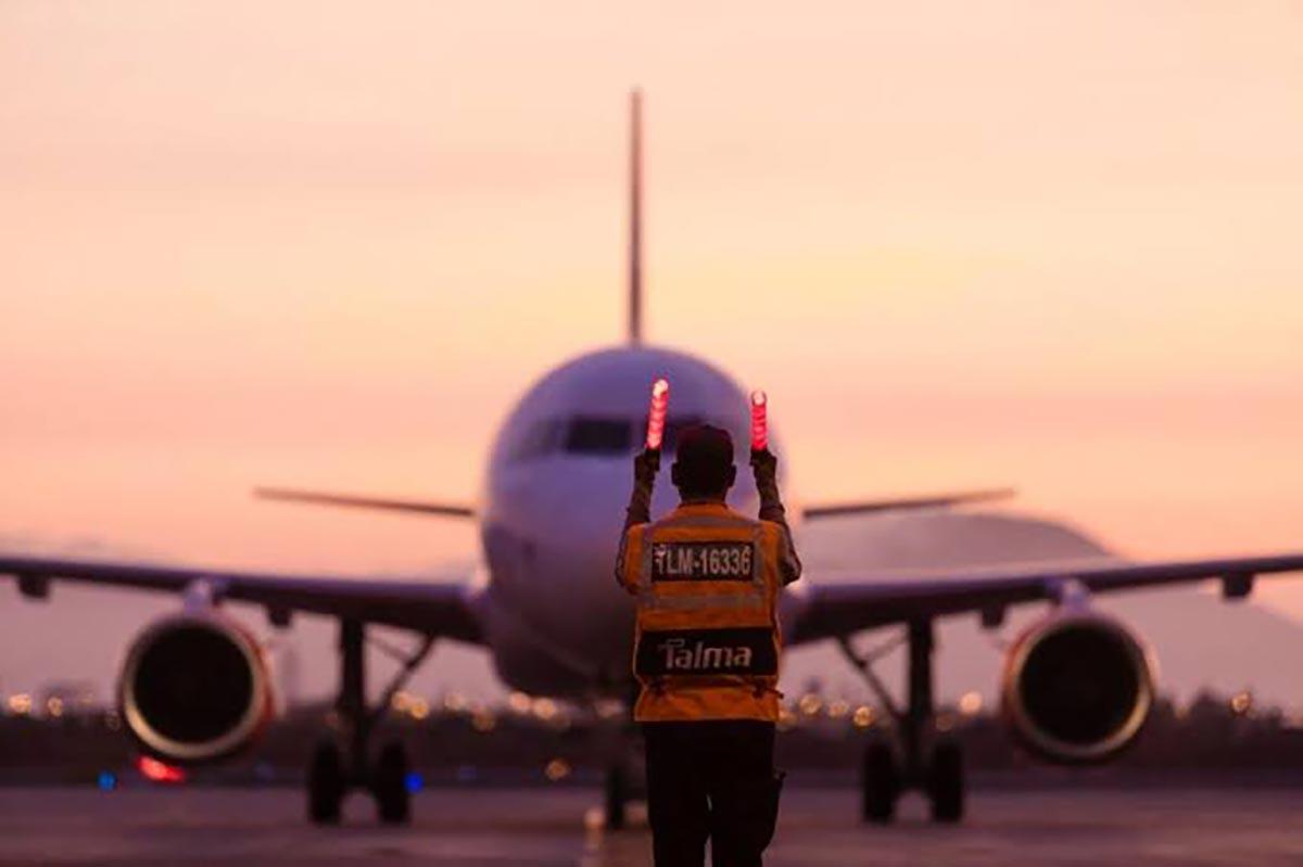 Perú abrirá fronteras aéreas al público en octubre