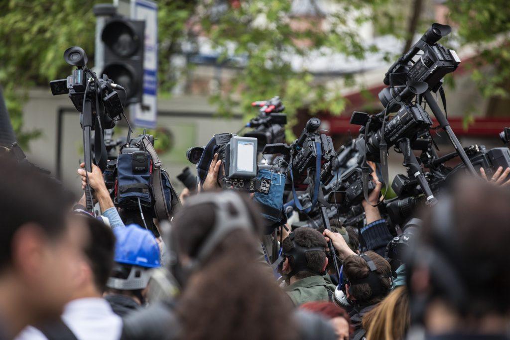 ONG Campaña Emblema de Prensa: Van 366 periodistas muertos por coronavirus