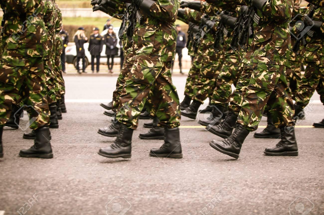 Oficialismo tiene 16 candidatos militares para ser diputados de la AN