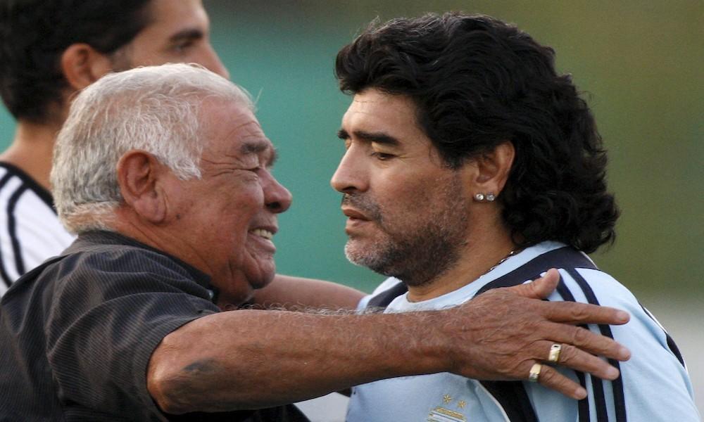 Murió Diego Maradona: sufrió un paro cardio respiratorio