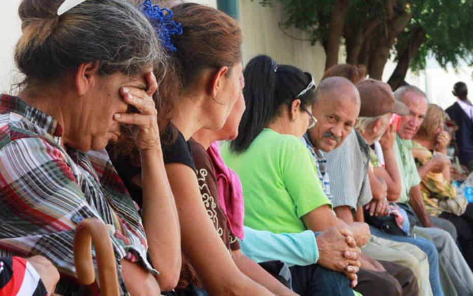 Jubilados en Guàrico caen en depresión debido a bajos salarios