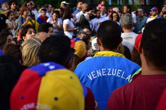 Uruguay: Hemos recibido miles de venezolanos y cubanos que escapan de sus gobiernos