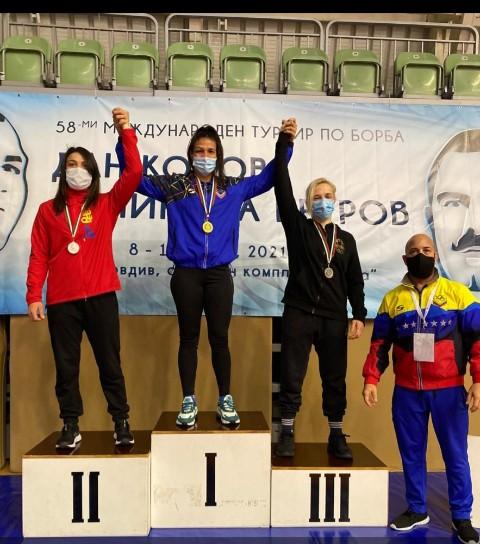 Gladiadores cosechan siete medallas en Bulgaria antes del Preolímpico
