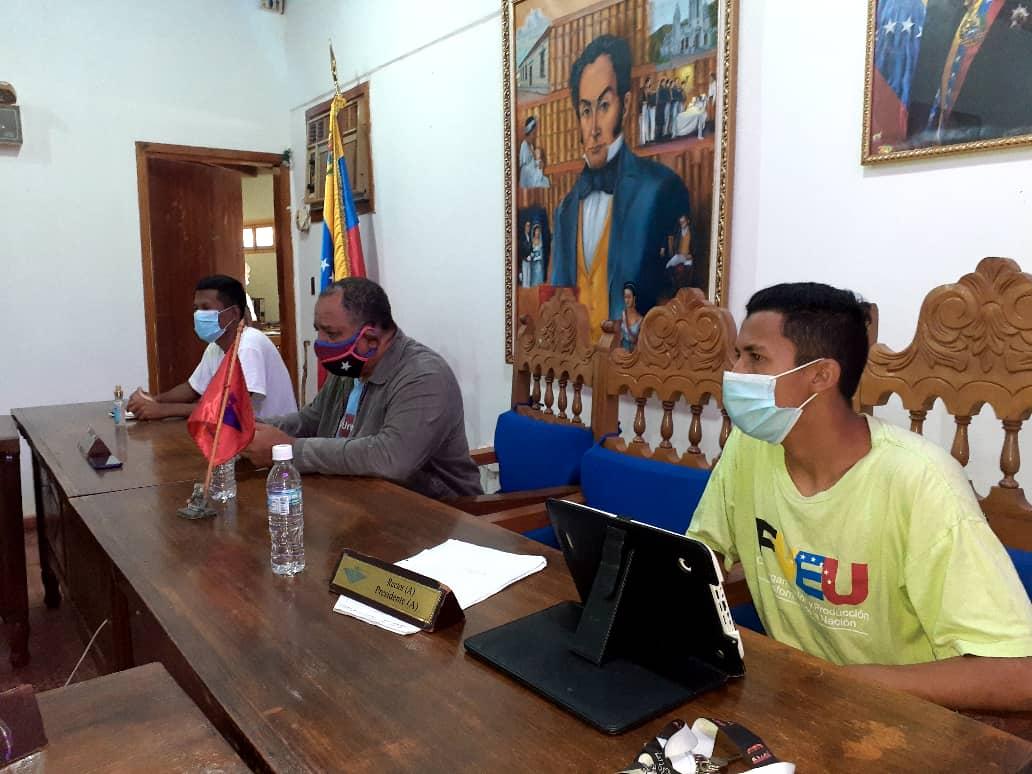 Estudiantes de la Unerg socializaron Reglamento de Evaluación Académico de la Institución