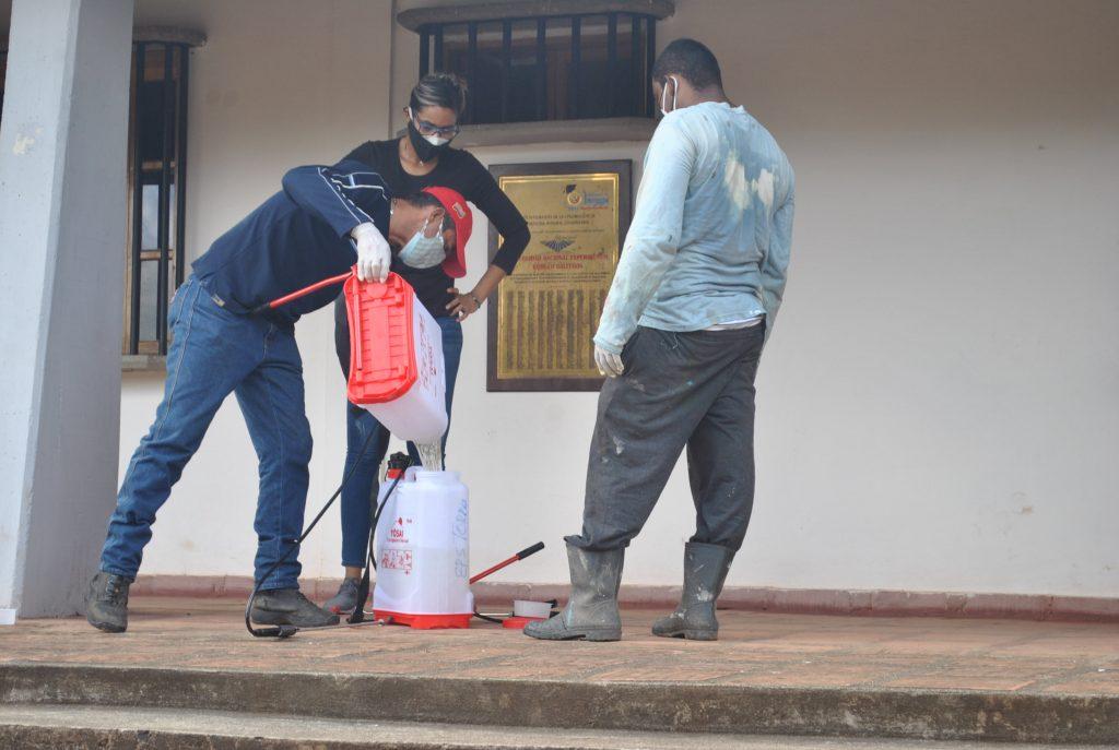 Jornadas de Saneamiento y Desinfección abordaron espacios de la Unerg.