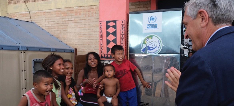 Acnur valora como positivo un programa de Brasil para atender a los migrantes venezolanos