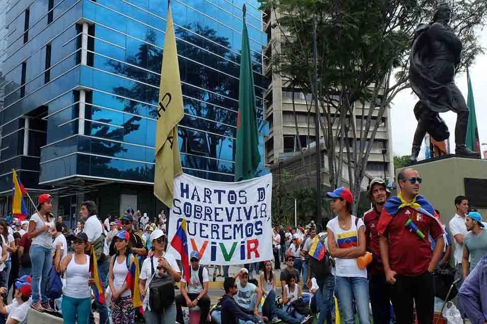 Frente Amplio Profesional convoca marchas en todo el país para este para este #1May