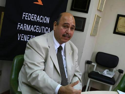 Falleció por COVID-19 Freddy Ceballos, presidente de la Federación Farmacéutica de Venezuela