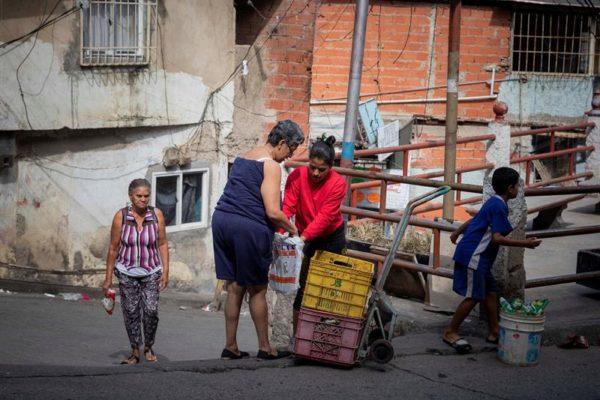 ¿Cómo financiar una política social más activa en Venezuela?