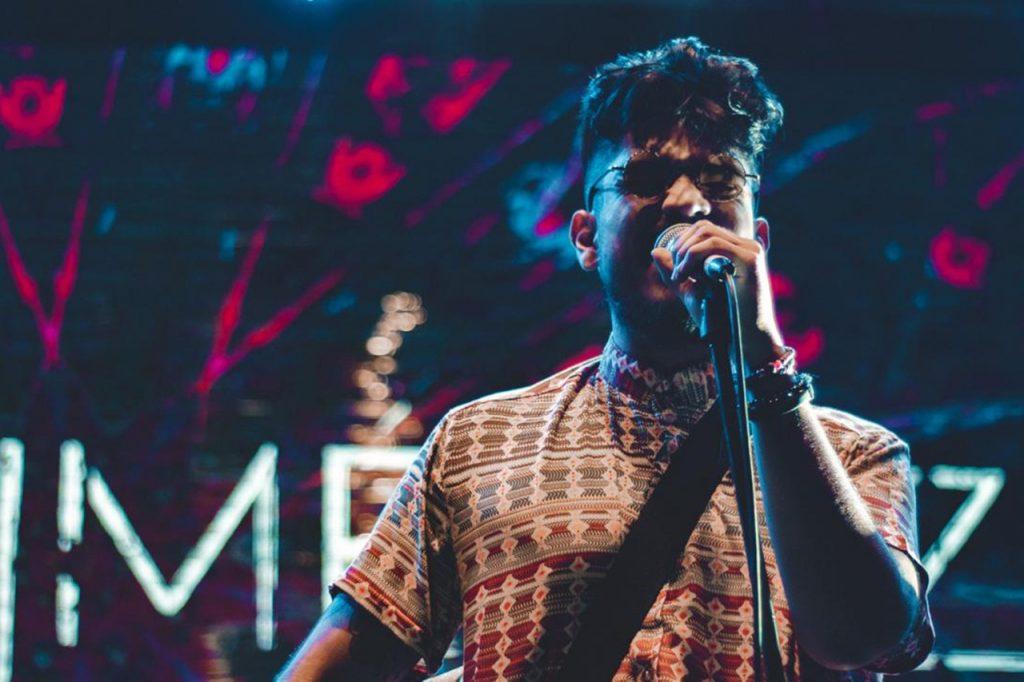 El cantautor colombiano Erik Jiménez lanza su EP homónimo, un trabajo personal e introspectivo