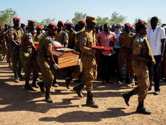 Al menos 132 muertos en la mayor matanza en la historia África Occidental