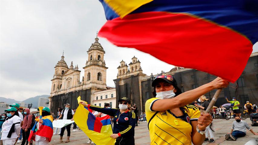 Bogotá salió de la alerta roja después de tres meses en emergencia por covid