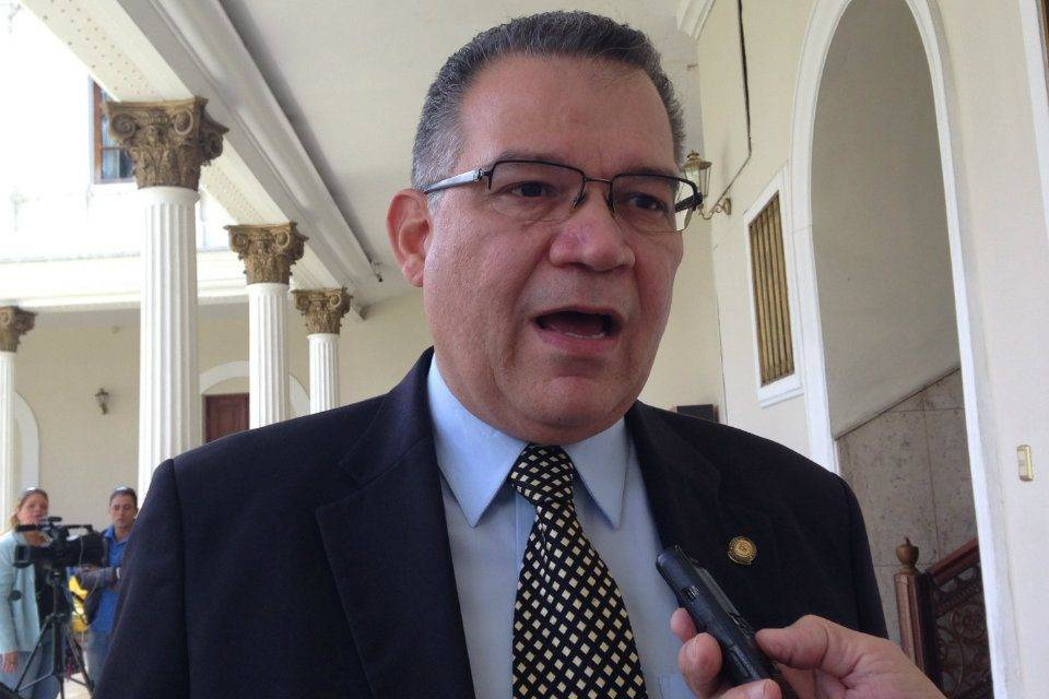 Rector Enrique Márquez dijo que esperan dictamen de la consultoría jurídica del CNE para el revocatorio presidencial