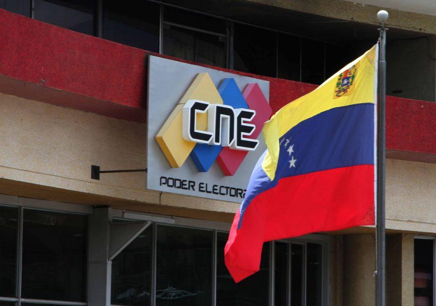 CNE sancionará a miembros de mesa que no presten servicio electoral el 21-N