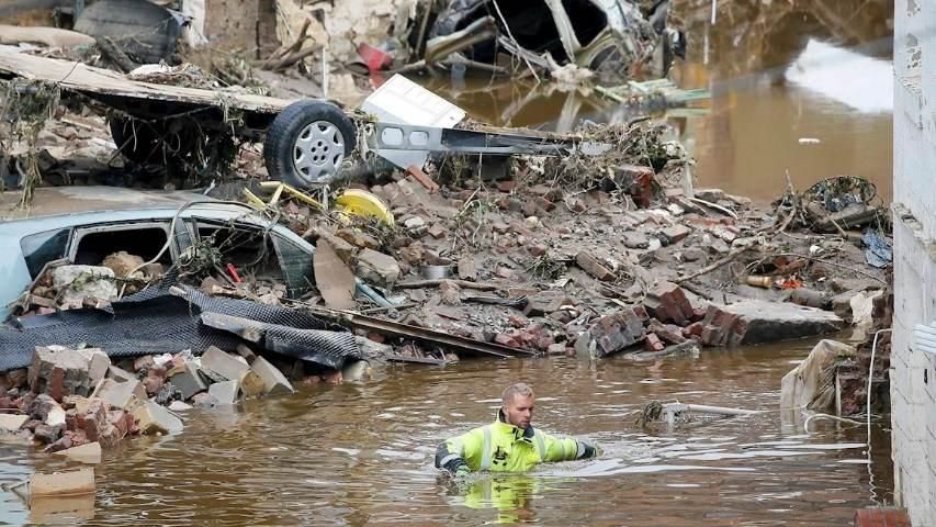 Suben a 31 fallecidos y a 163 desaparecidos en las inundaciones de Bélgica