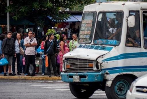 Transportistas de todo el país piden aumentar el pasaje urbano a Bs. 1 millón 500 mil