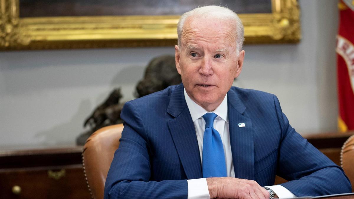 Biden retrasa encuentro con primer ministro israelí por explosiones en Kabul