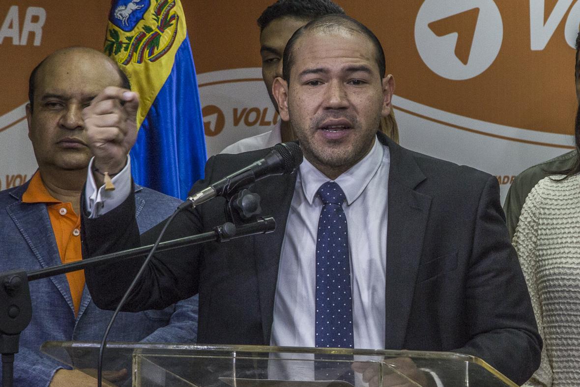 Marco Aurelio Quiñones: El cambio de emergencia en el line up del Banco de Venezuela es la confesión silenciosa