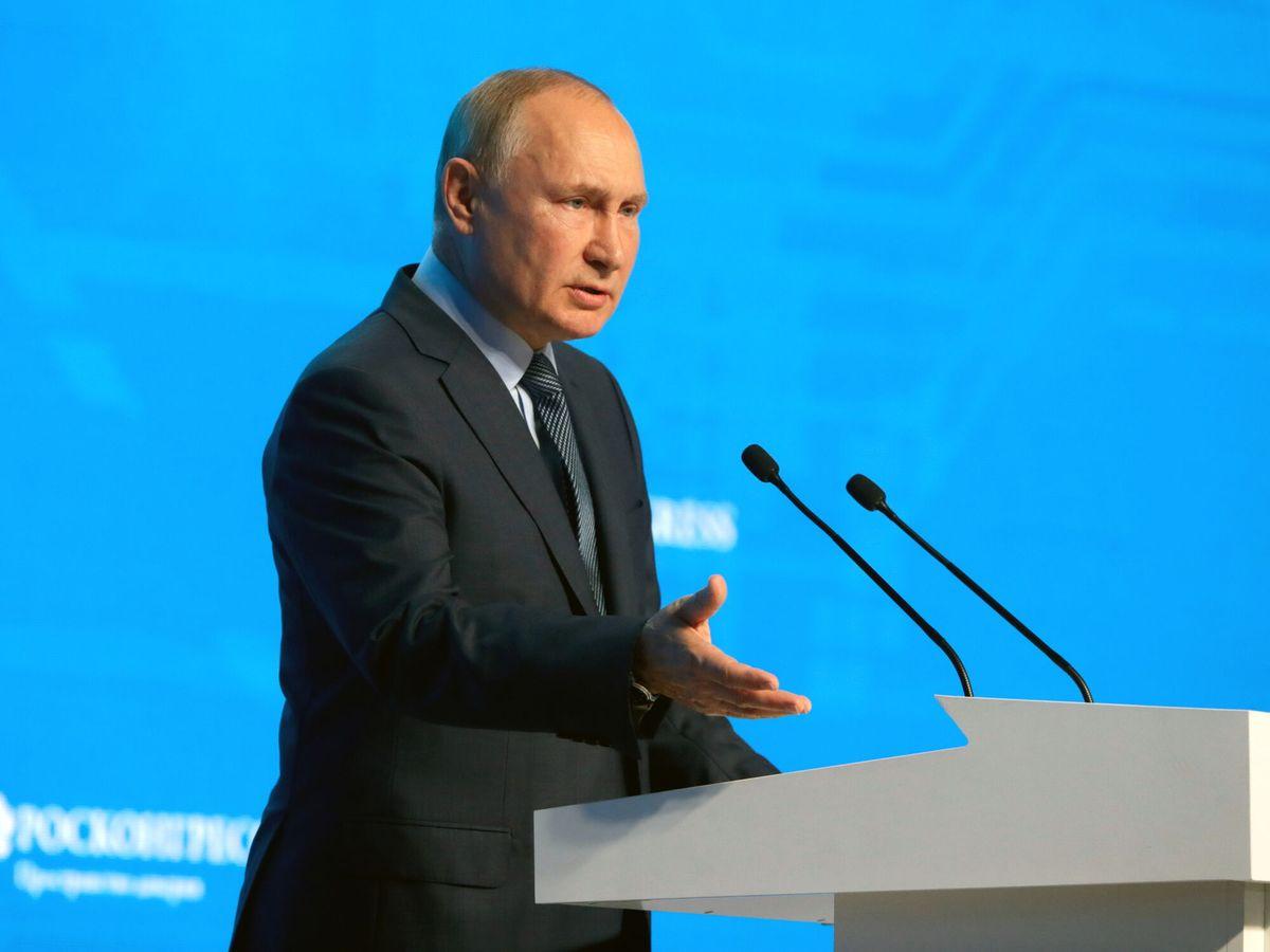 Putin insta a crear mecanismos globales para equilibrar mercado energético