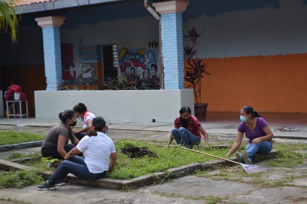 Será obligatoria presentación de la tarjeta de vacunación para los docentes en Guárico
